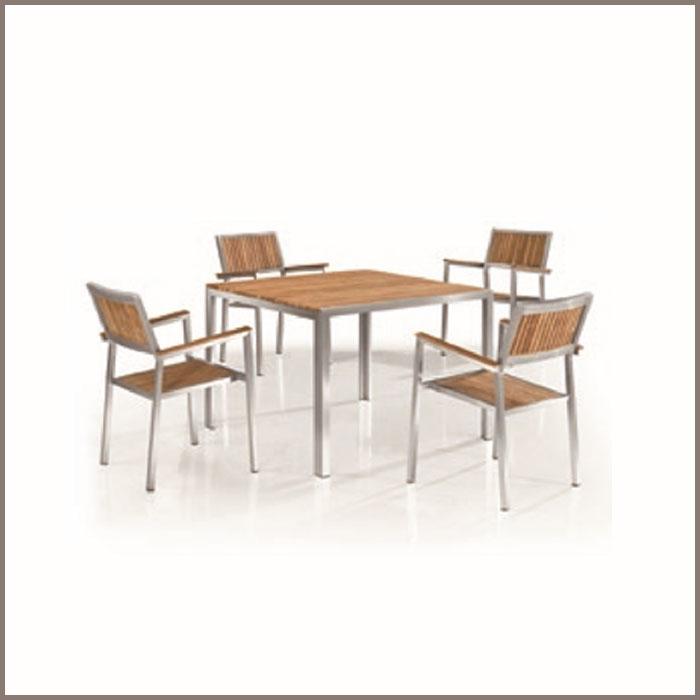 Table: OT-01/Chair: OC-01