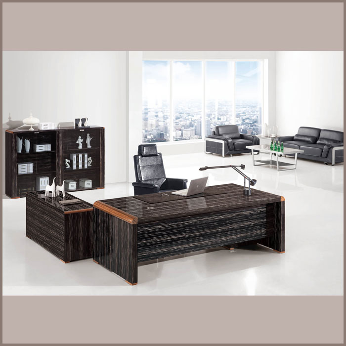 Executive Table-0981