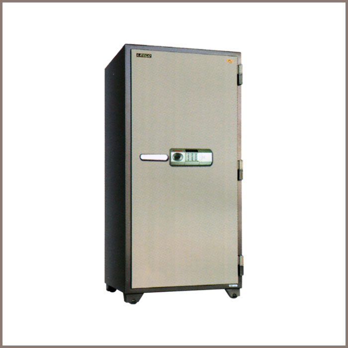 705-XPL: 750W x 698.5D x 1750H, NET WT. : 460 Kgs. CAPACITY : 428 Liters ACCESSORIES : 1 Drawer+Key, 4 Shelves JIS FIRE RATING : 2 Hrs.