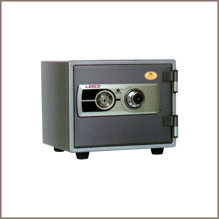NES-9: 416Wx355Dx364H, NET WT. : 25 Kgs. CAPACITY : 21.5 Liters ACCESSORIES : 1 Shelf JIS FIRE RATING : 1 Hrs.