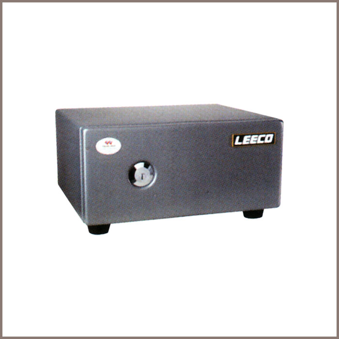 ES-2: 410W x 341.5D x 213H, NET WT. : 22 Kgs. CAPACITY : 8.6 Liters ACCESSORIES : 1 Tray JIS FIRE RATING : 0.5 Hrs.
